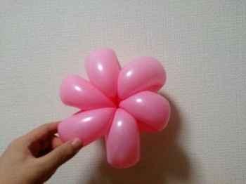 花びらのバルーンアートの作り方_08