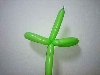 茎のバルーンアートの作り方_05